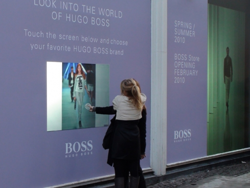interactive-glass-touch-screen